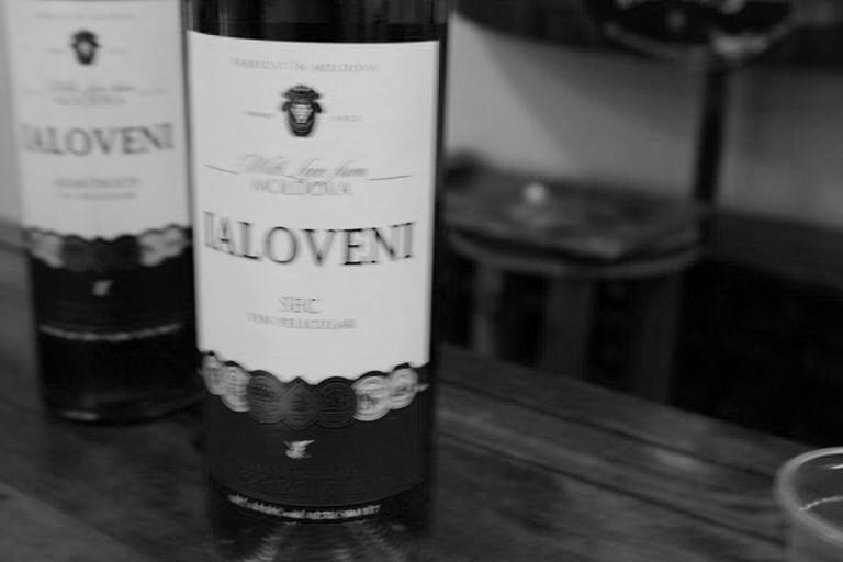 Vinuri Ialoveni seci-chix sau experimente îndrăznețe