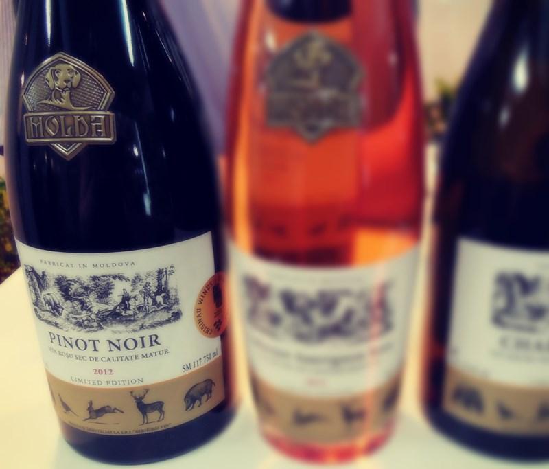 Pinot Noir Molda un versatil buchetat, alintat