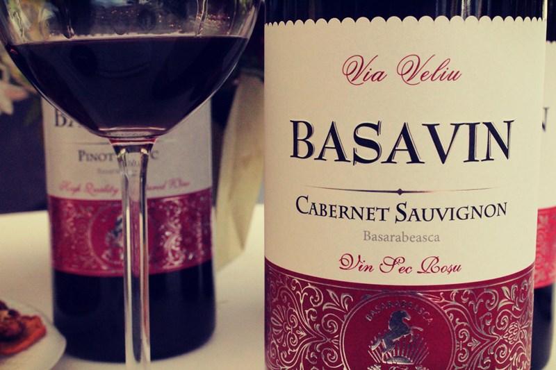 Basavin Cabernet Sauvignon – cu suncă în pahar