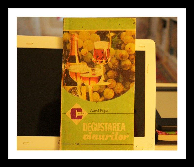 Cum să degustăm un vin? Cărți utile pentru un degustător