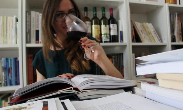În vinuri sunt adăugate arome. De ce?
