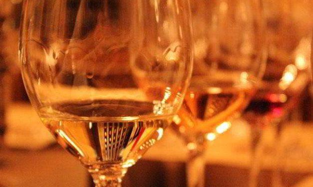Vin alb moldovenesc