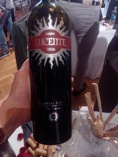 lucente-wine